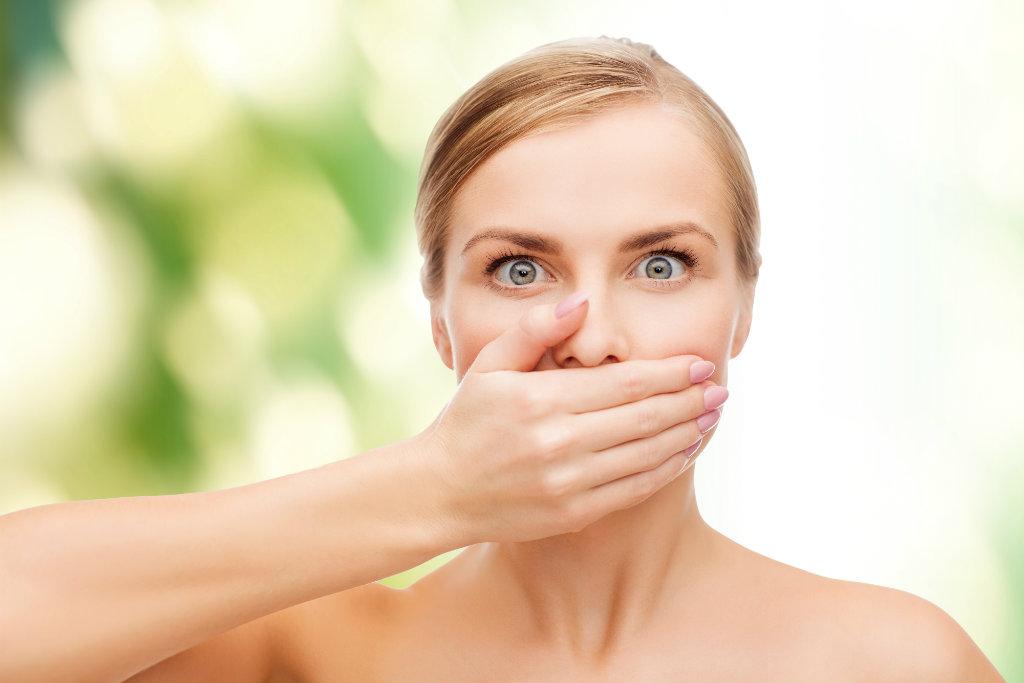بسيطة للحصول على رائحة فم زكية3 - خطوات بسيطة للحصول على رائحة فم زكية