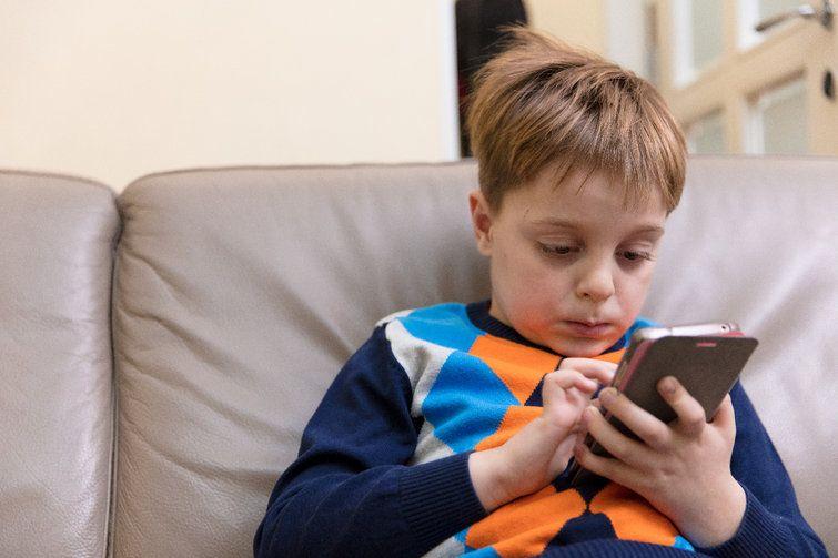 029c47d3c10cab564615a1f5db484505 - أكثر من 3300 تطبيق Android تتبع الأطفال بطريقة غير سليمة