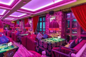 تأكل في موسكو من Teremok إلى مقهى بوشكين11 300x200 - أين تأكل في موسكو: من Teremok إلى مقهى بوشكين