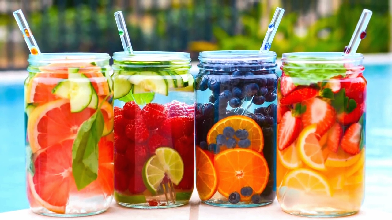 Les bienfaits de l'eau aux fruits pour votre santé - The benefits of fruit water for your health