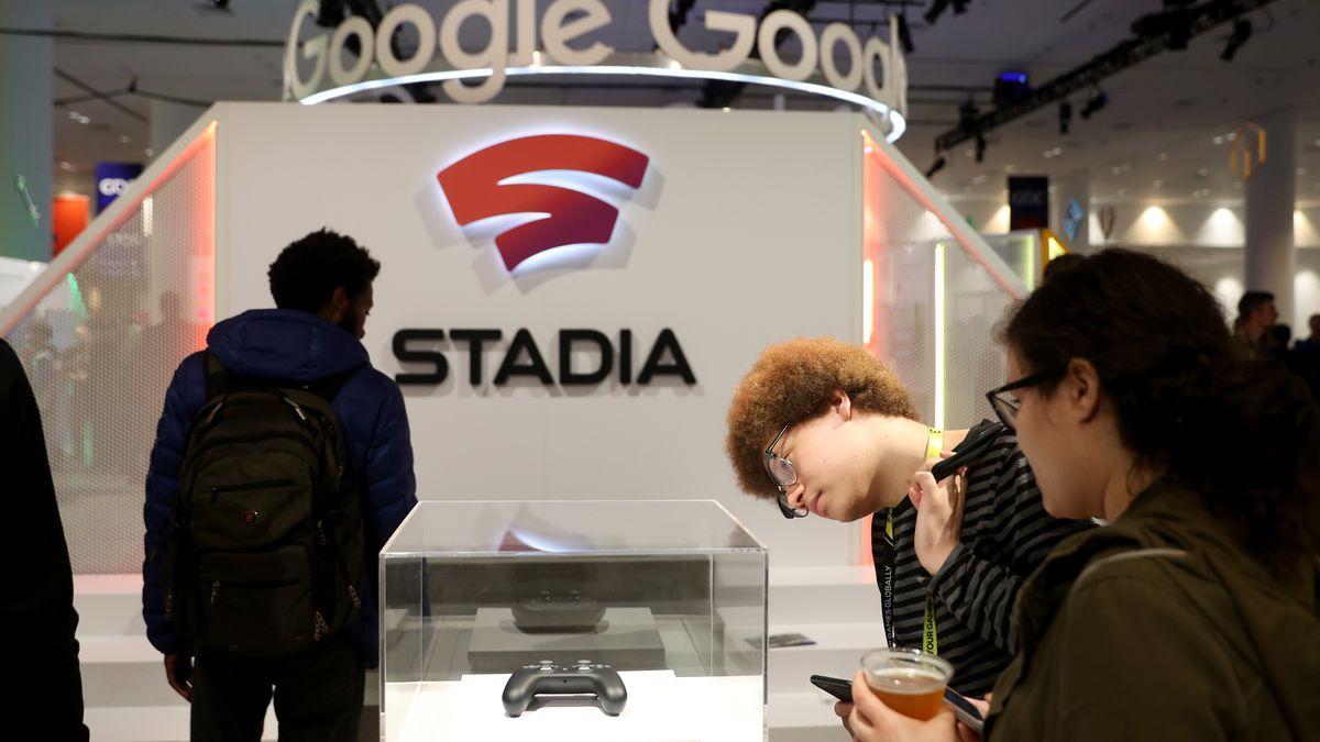 GettyImages 1137144687.0 1 - يريد كل من Google Stadia أن يكون مستقبل الألعاب. وكذلك الحال بالنسبة إلى Microsoft و Sony و Amazon