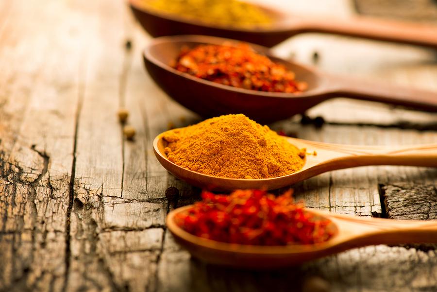 bigstock Spices Spice over Wood Herbs 62075978 - أفضل الأعشاب والتوابل التي لها فوائد صحية ملحوظة