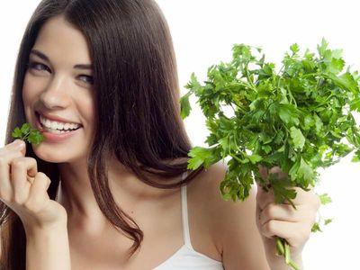 Mauvaise haleine comment s en debarrasser au naturel - Remèdes naturels pour éliminer la mauvaise haleine