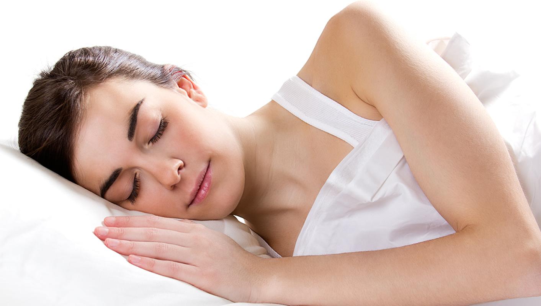 5 raisons pour ne jamais porter un soutien gorge pendant votre sommeil  - 5 raisons pour ne jamais porter un soutien-gorge pendant votre sommeil