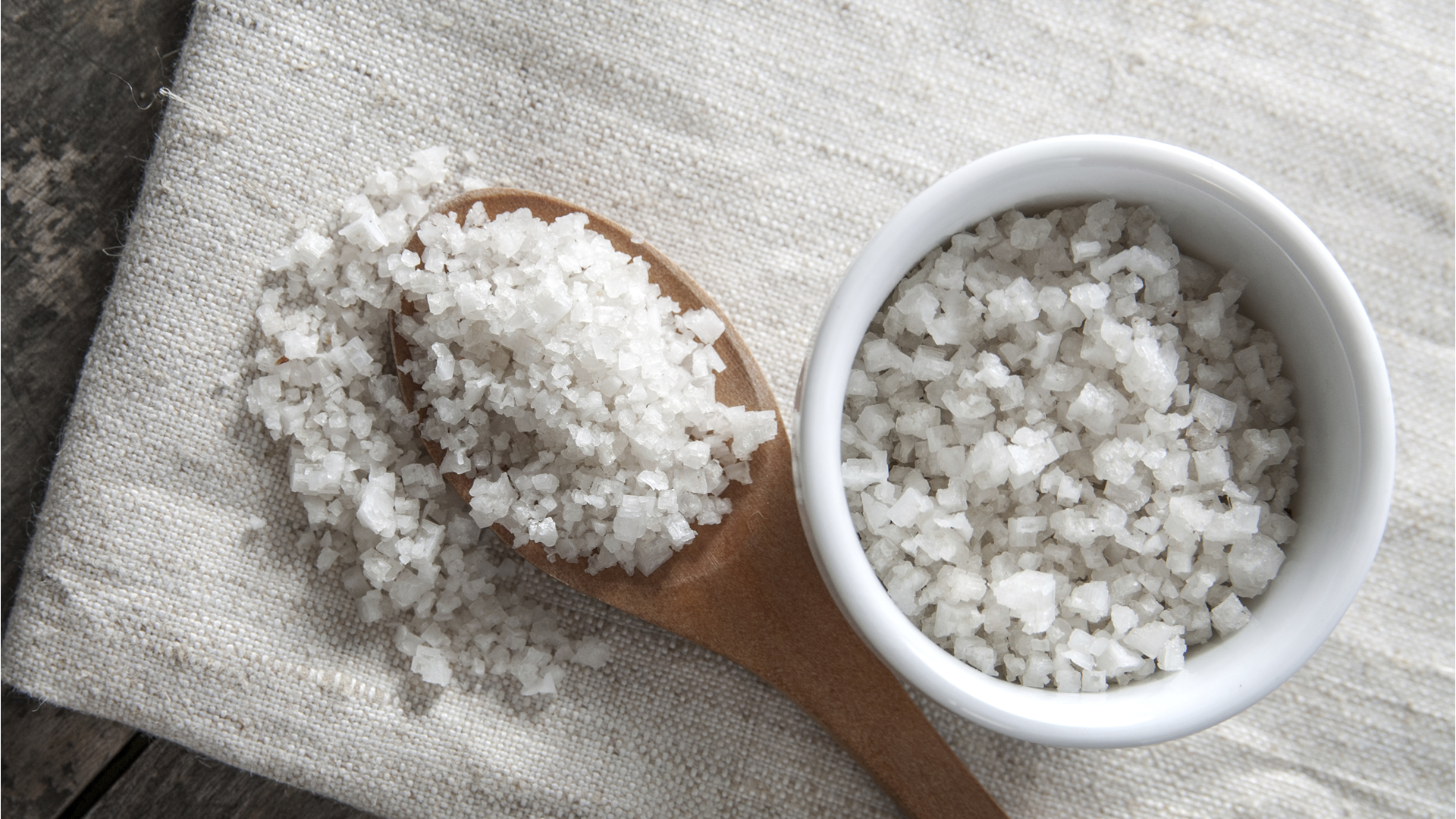 Les grands bienfaits du sel pour les cheveux  - The great benefits of salt for hair