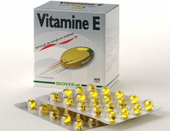 12725524013 - فوائد زيت فيتامين E للشعر وطرق استخدامه