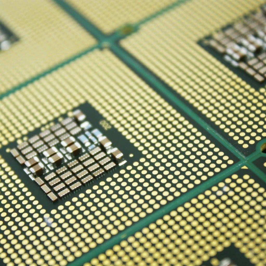 cf3943c584427eb2c82bf6e4ea7bfde990cb e1548206264700 1024x1024 1 - كل ما تريد معرفته عن المعالجات و الفرق بين معالجات AMD , intel , ARM