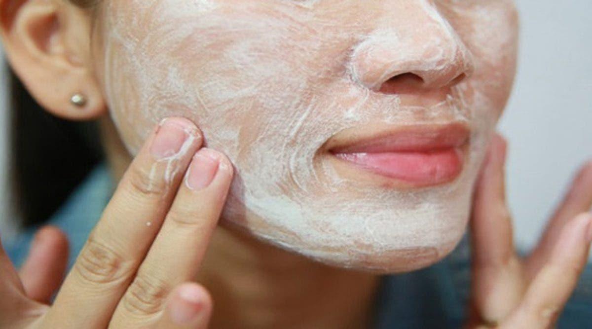 Nettoyez votre visage en profondeur et debarrassez vous des cernes facilement grace a ce seul ingredient  - Nettoyez votre visage en profondeur et débarrassez-vous des cernes facilement grâce à ce seul ingrédient !