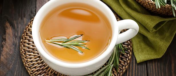 شاي عشبي طبيعي لنزلات البرد من السهل جدًا تحضيره - أفضل شاي عشبي طبيعي لنزلات البرد - من السهل جدًا تحضيره