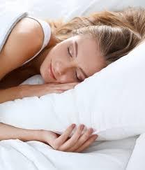 لصنع مبخر للنوم الجيد وضعه على الوسادة - الحيلة لصنع مبخر للنوم الجيد (وضعه على الوسادة)