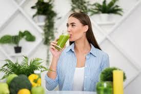 Jus vert detoxifiant a boire avant de se coucher Ideal avant lhiver - Jus vert détoxifiant à boire avant de se coucher - Idéal avant l'hiver
