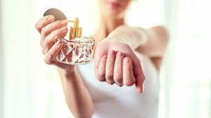 Heres how to apply the perfume - Here's how to apply the perfume